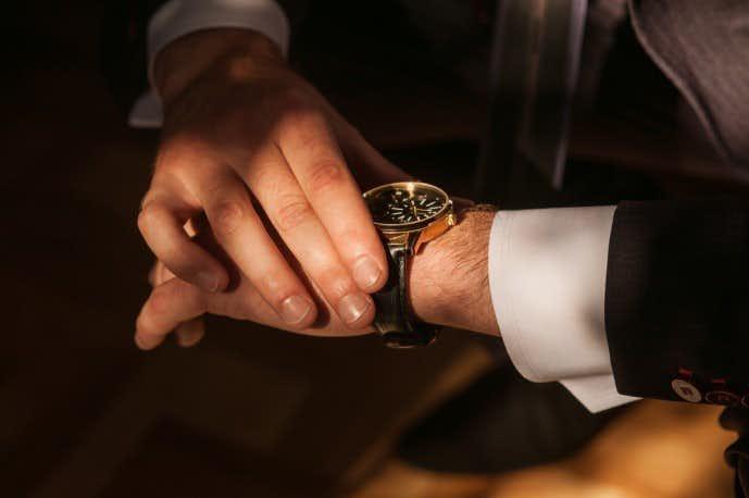 サインは自分を表す象徴、高級腕時計と同じ扱いで大切にしたいものです。